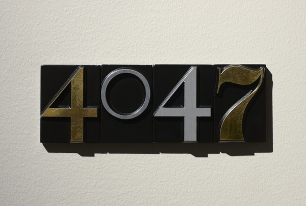 Grand_Central_roomnumber_sign